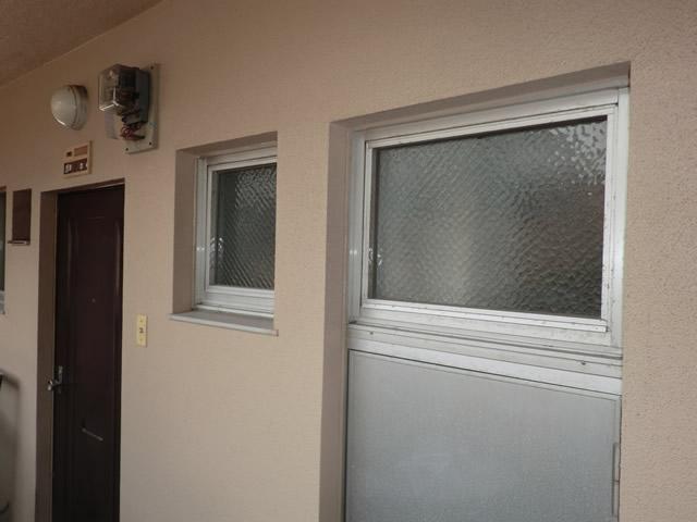 名古屋市天白区 内倒し窓に網戸新設工事