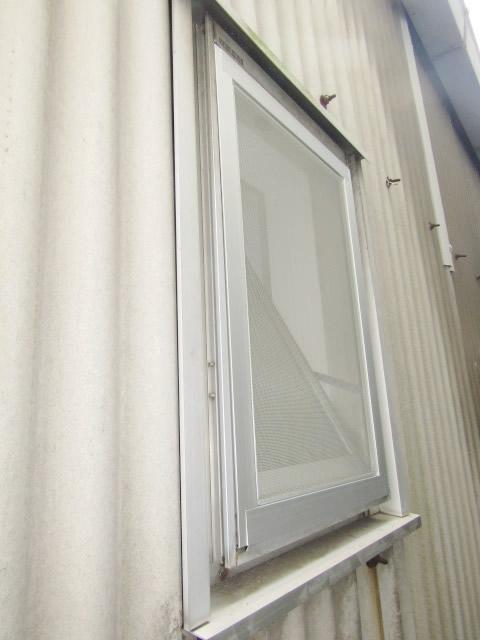 名古屋市北区 網戸 グレーネット 取付工事
