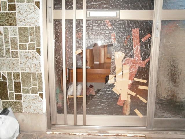 名古屋市 玄関』引戸修理前