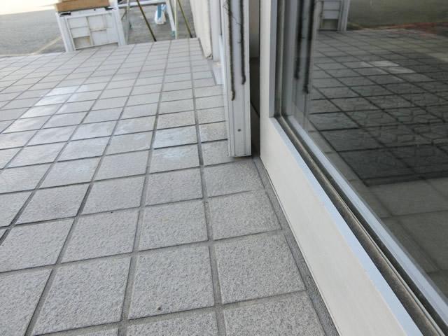 事務所ドア 修理