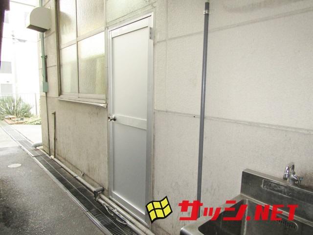 工場のアルミドア取替工事 施工事例 名古屋市天白区