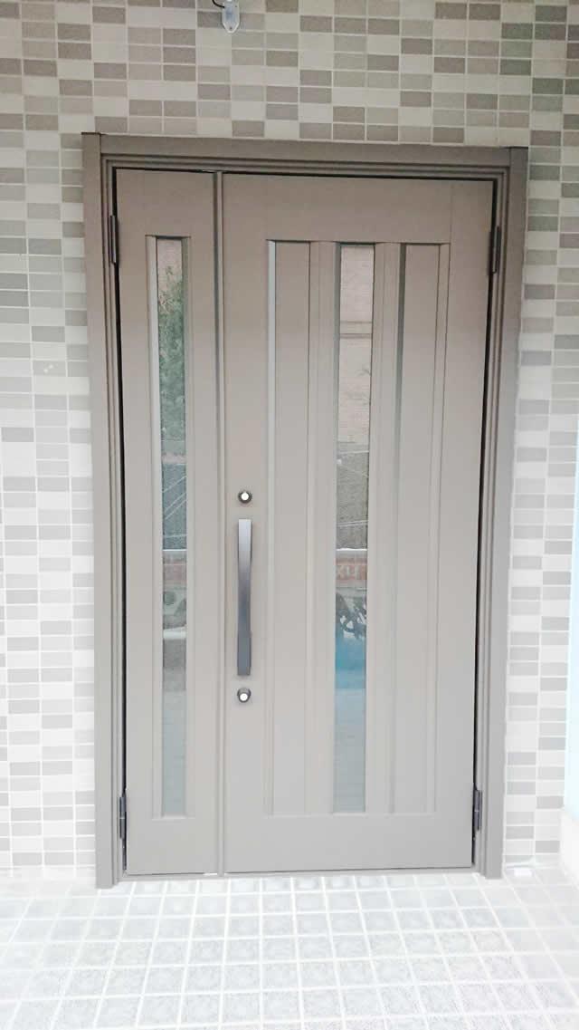 名古屋市西区 リクシル リシェント玄関ドアⅢ リフォーム工事