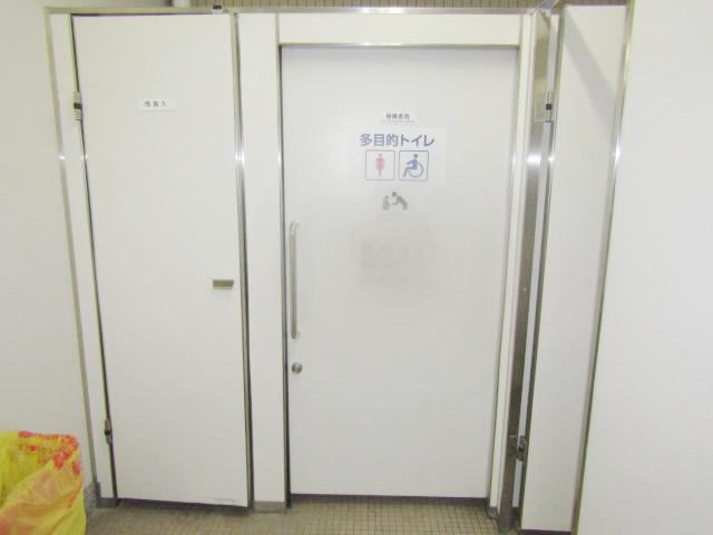 名古屋市中区 某施設トイレ ハンガー扉 錠交換
