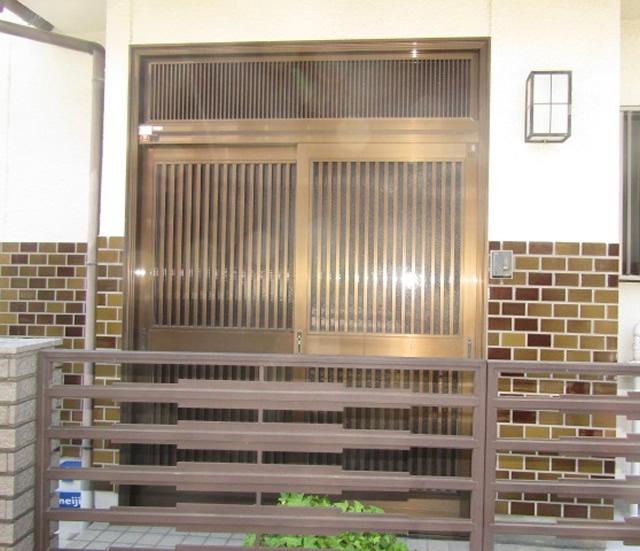 豊明市 LIXIL リシェント玄関引戸 15型 縦通し 槇調