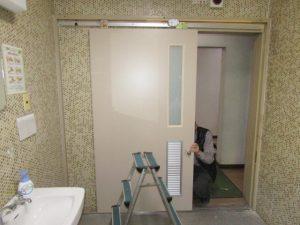 名古屋市守山区 木製吊戸取り替え工事