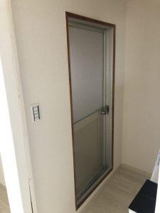 愛知県一宮市 浴室中折れドア取替工事 カバー工法