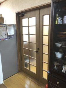 名古屋市中区 リビングのドア取替工事 ライトスチールドアへリフォーム