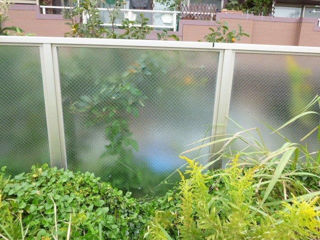 名古屋市中川区 風除けスクリーンのガラス修理