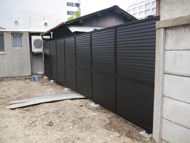 名古屋市東区 LIXIL プレスタフェンス8型 ブラック 設置工事