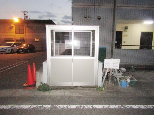 東海市 ゴミ置き場の新設工事