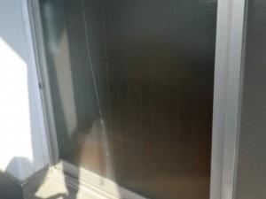 修理前 窓ガラス