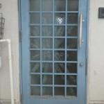 玄関ドア ガラス修理・交換前