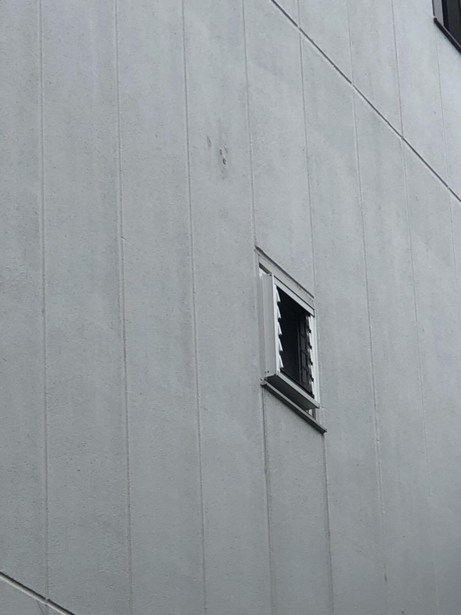 名古屋市西区 ルーバー窓取替工事 カバー工法