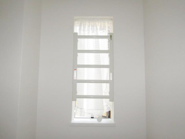 豊田市 固定式室内面格子 ホワイト 取付工事