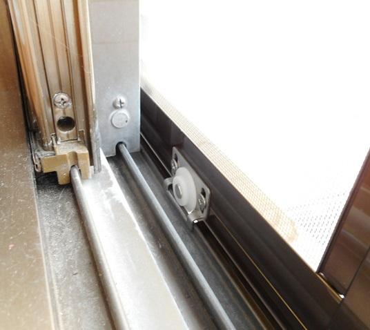 事務所窓への網戸取付 引違い窓BL型網戸 名古屋市天白区