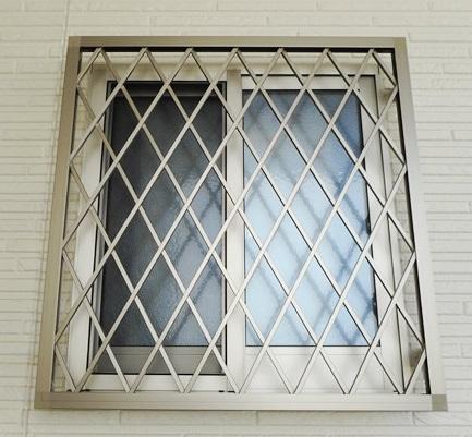 窓の防犯対策 ヒシクロス面格子 名古屋市天白区
