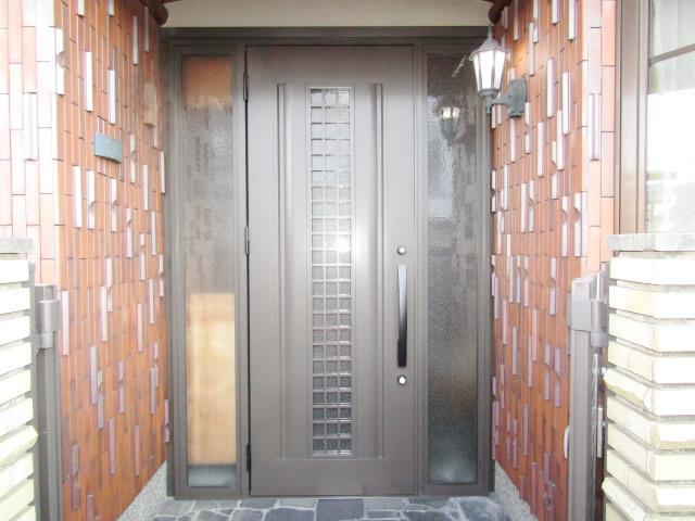 春日井市 リシェント玄関ドア取替え カバー工法