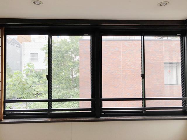 名古屋市西区 引違い窓取替 手摺り取付
