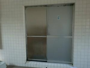 取替前 浴室引戸