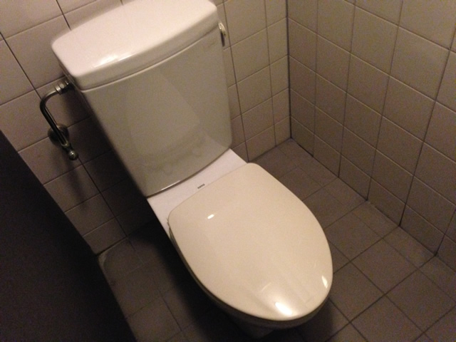 名古屋市中区 男子トイレ施工前
